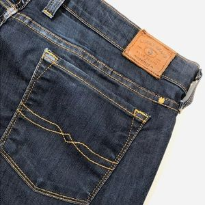 Lucky Brand Charlie Flare jeans 14/32 inseam 28""